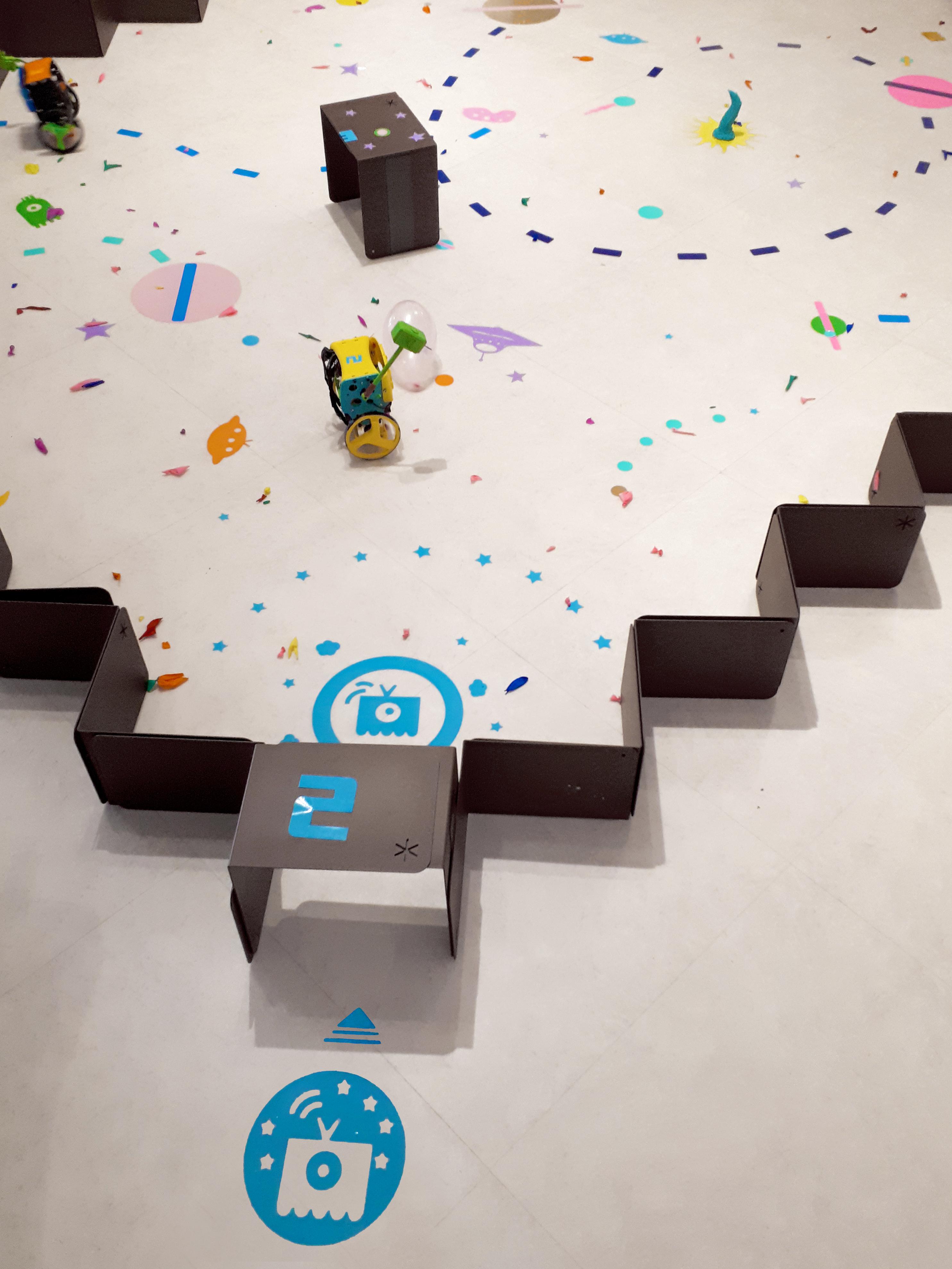 Robot arena 10